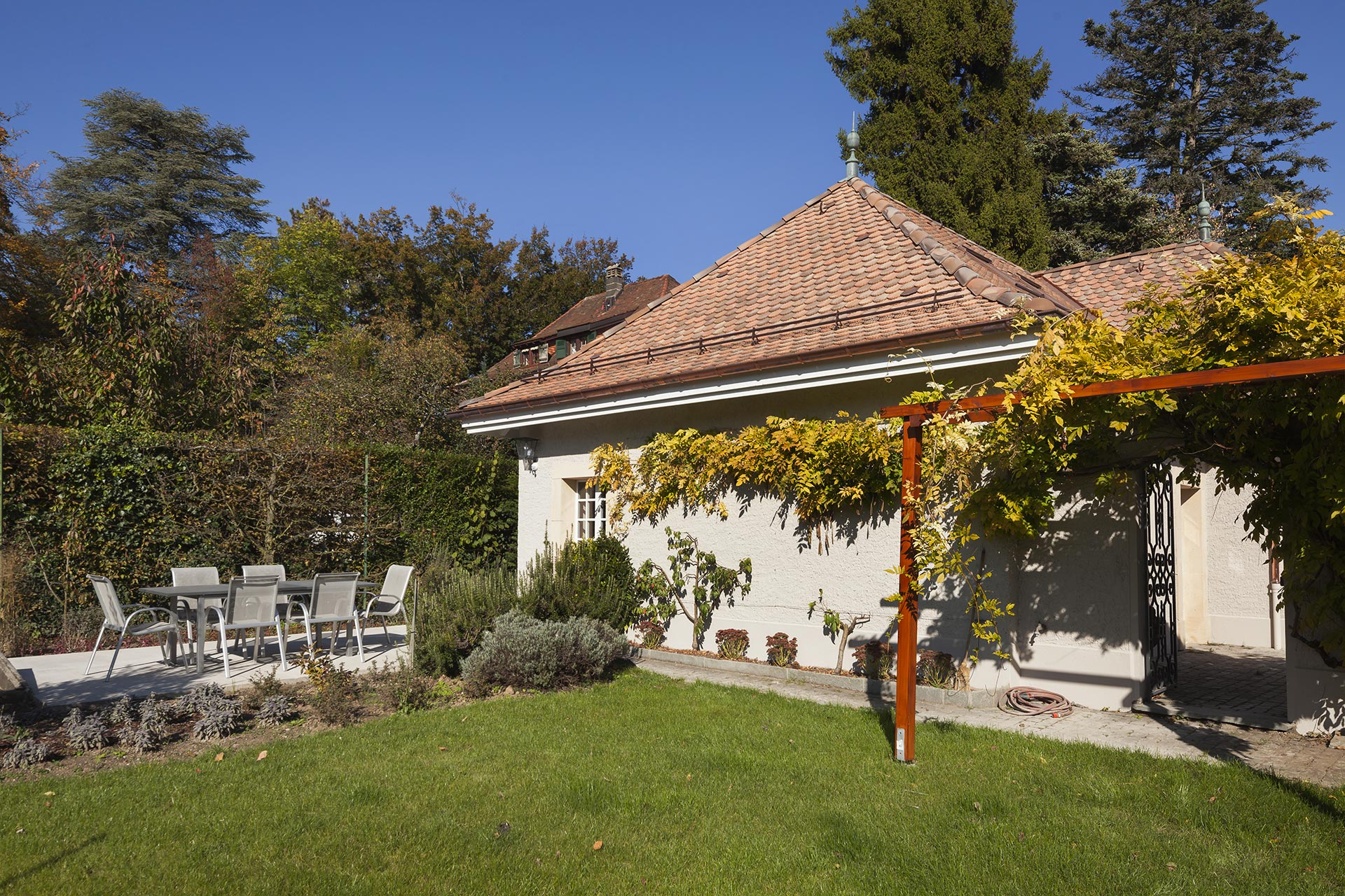 Maison d 39 h te gen ve en suisse dans le quartier du mervelet for Bed and breakfast le bic