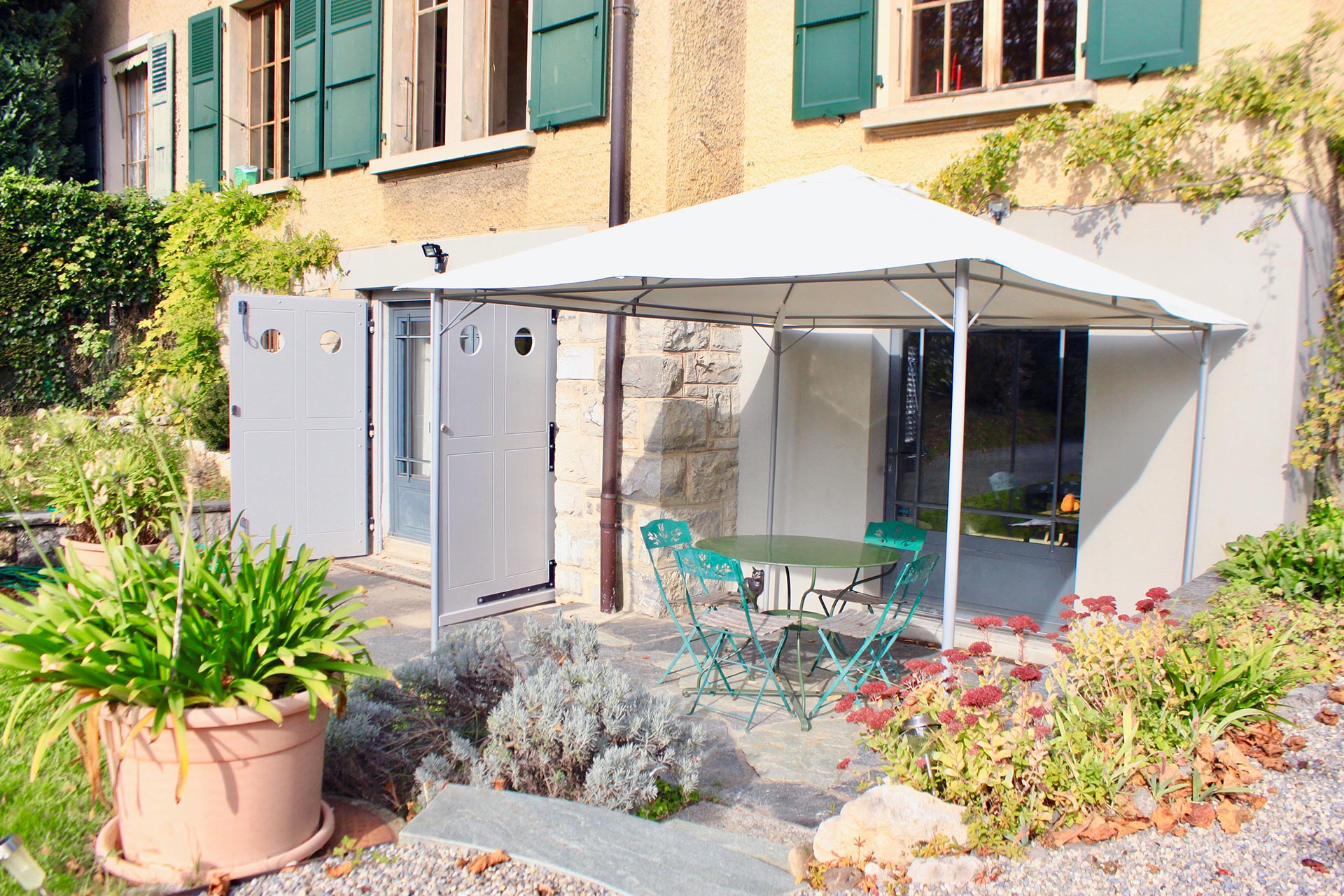 Exposition Salle De Bain Geneve ~ chambre h tes et appartements meubl s gen ve petit saconnex en suisse